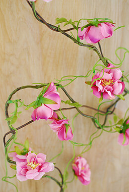 Wild Rose Garland Pink 52in