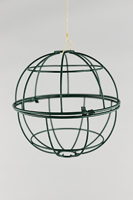 Wire Topiary Ball Green 6in