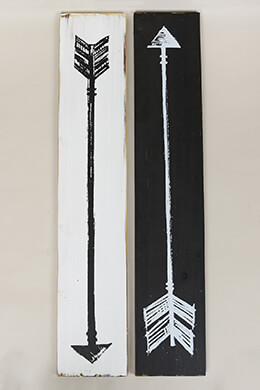 Wood Arrow Signs 31.5x6in (Set of 2)