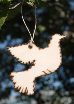 Wood Tags Wood Dove 4in (6 tags/pkg)