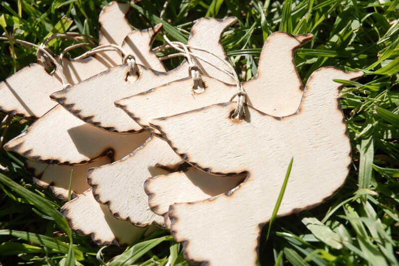 Wood Tags 6 Wedding Doves