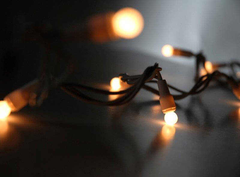 Pearl White Mini Globe String Lights 50ct
