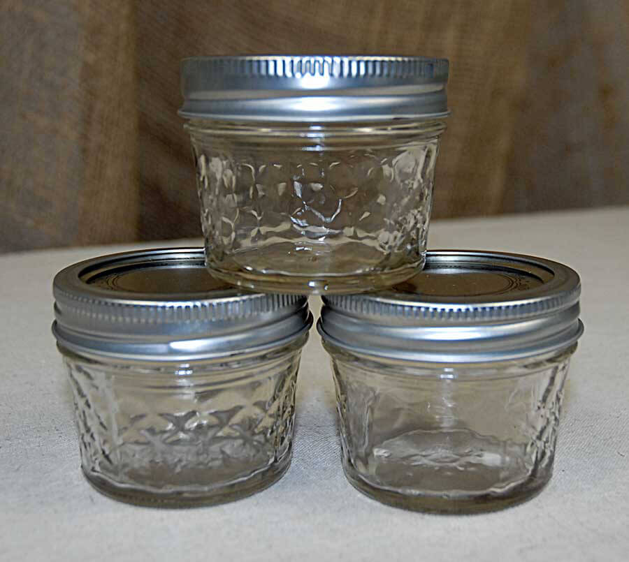 Mason Jar Wedding Ideas: 12 Ball 4oz Quilted Jelly Jars