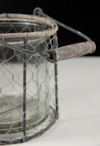 Chicken Wire Basket with Glass Insert 5in