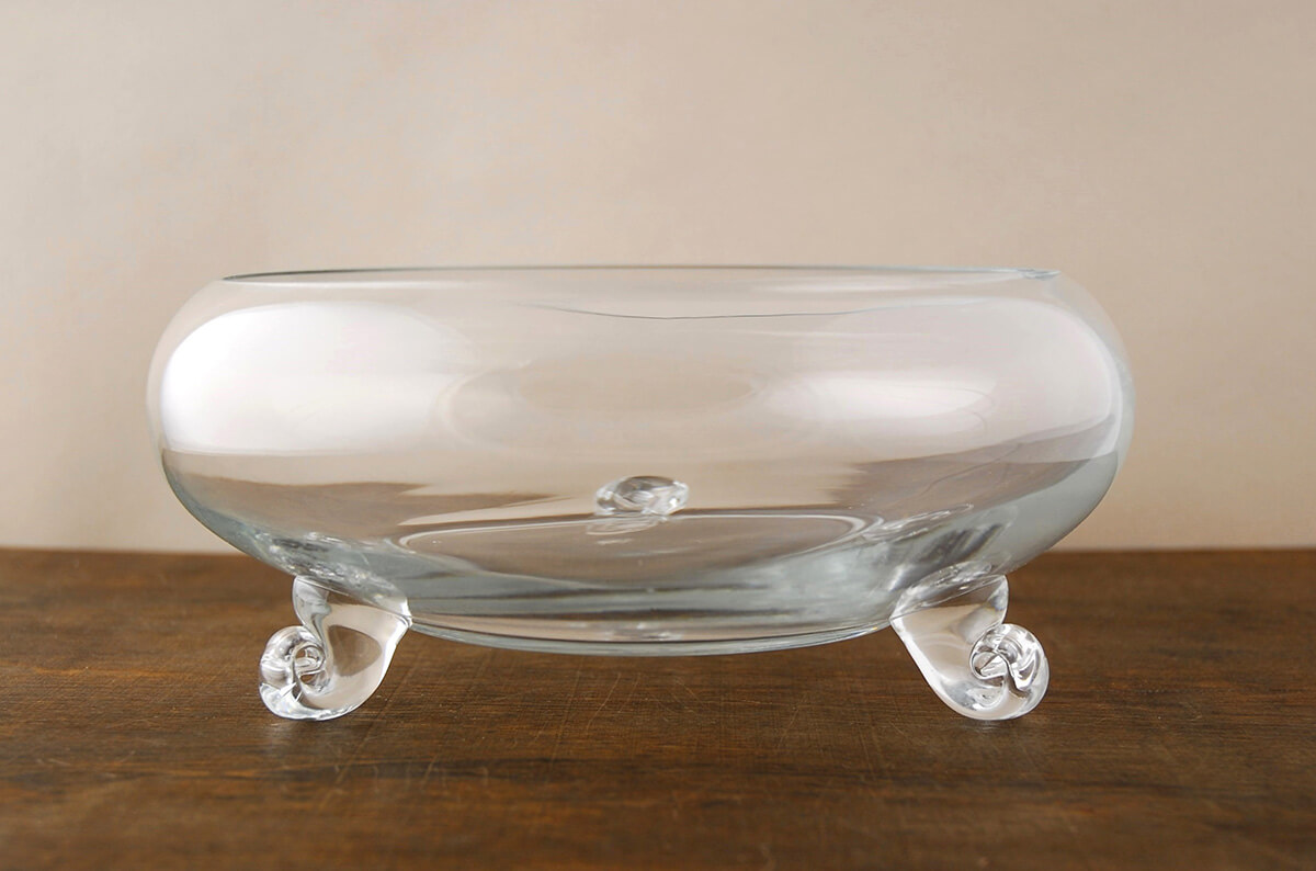 Lovely Footed Glass Bowl UQ15