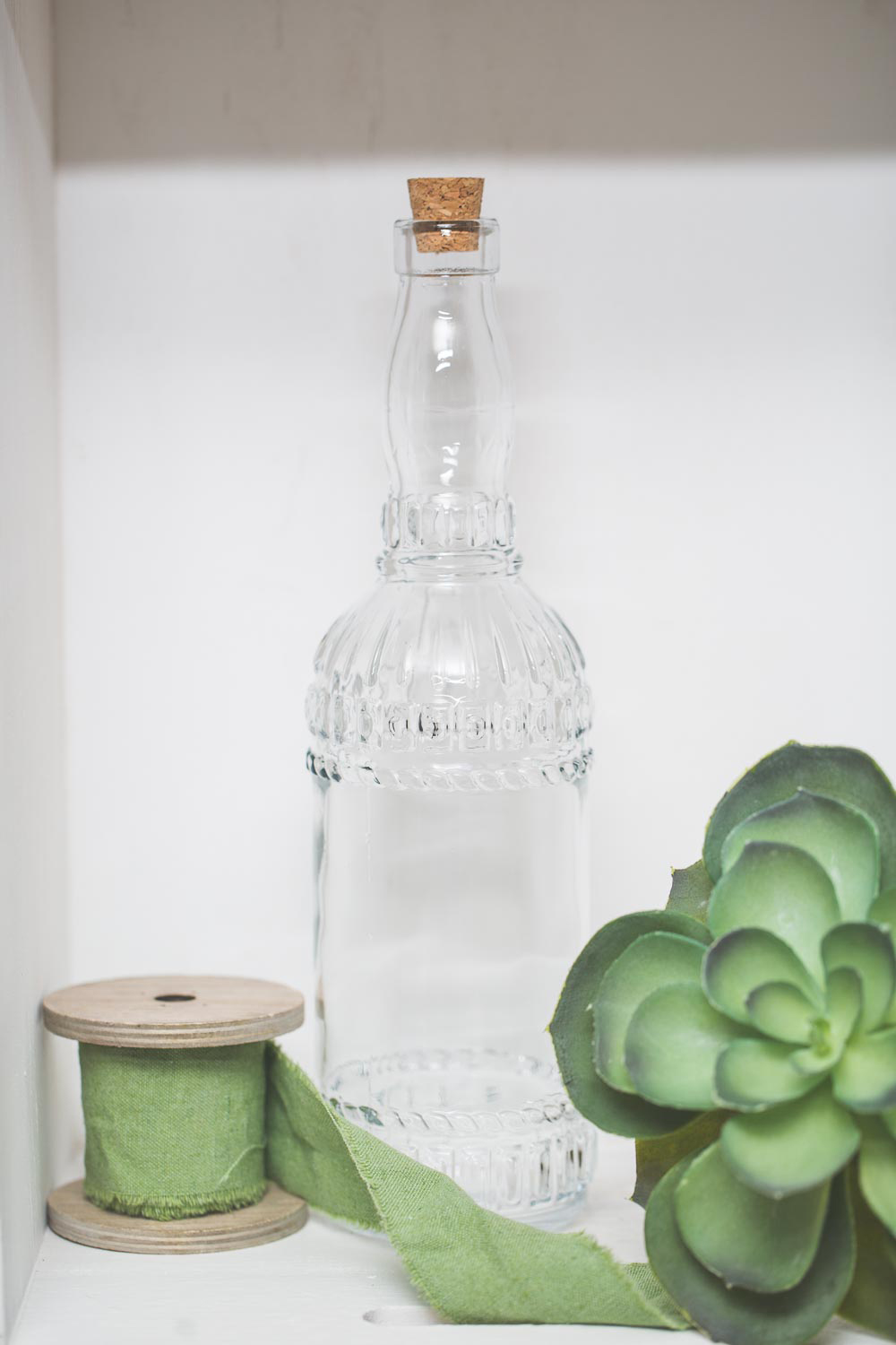 Richland Patterned Glass Bottle with Cork