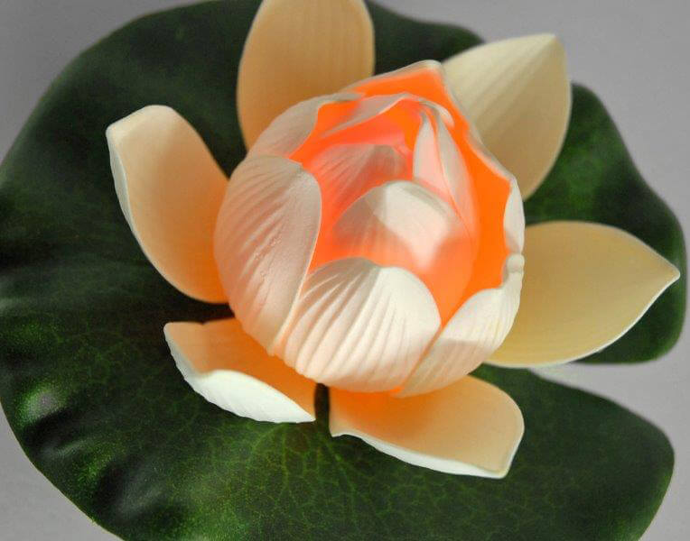 Lily Lights Floating LED Ivory Water Lily