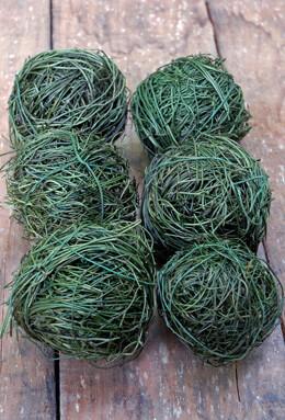 6 Green Angel Vine Balls 2in