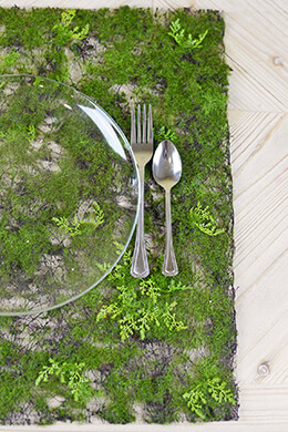 Artificial Moss & Fern Place Mat 20in