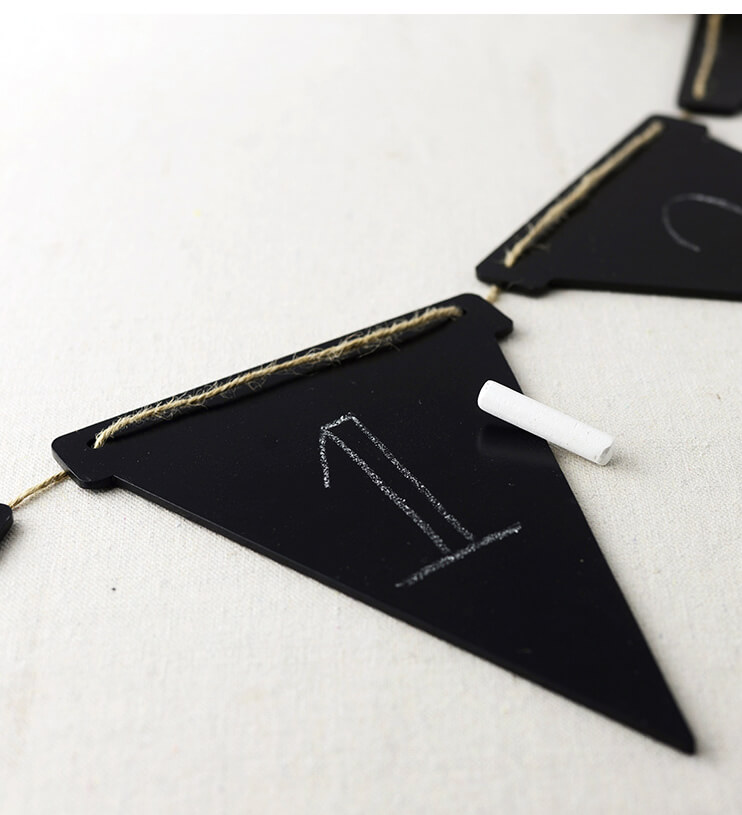 Chalkboard Triangle Pennant Banner (4 pennants) 7ft