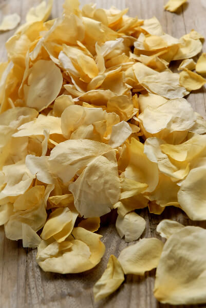 Soft Yellow Sun Kissed Rose Petals 5 Cups