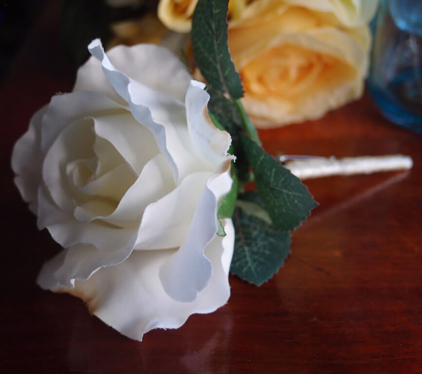 white silk rose boutonniere buttonhole - Garden Rose Boutonniere