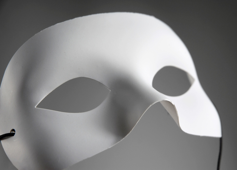 White Half Mask Adult 5.5in