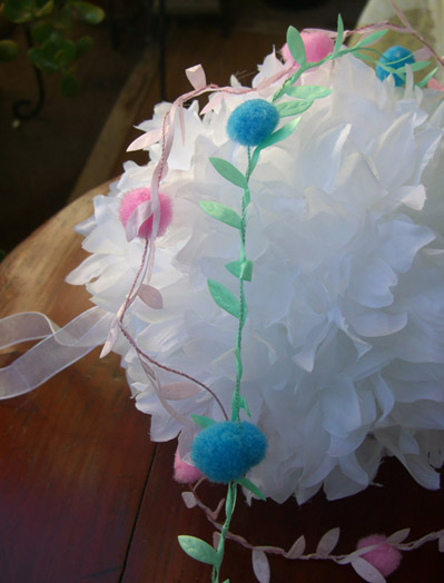 Wired Blue Pom Pom & Leaf Ribbon Garland  11 Yards