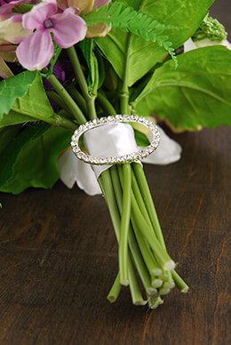 Bouquet Buckle Rhinestone Oval 2in