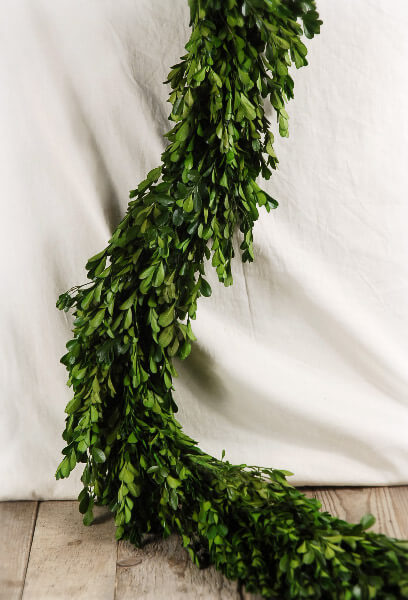 Natural preserved boxwood garland 45in for Artificial hops decoration