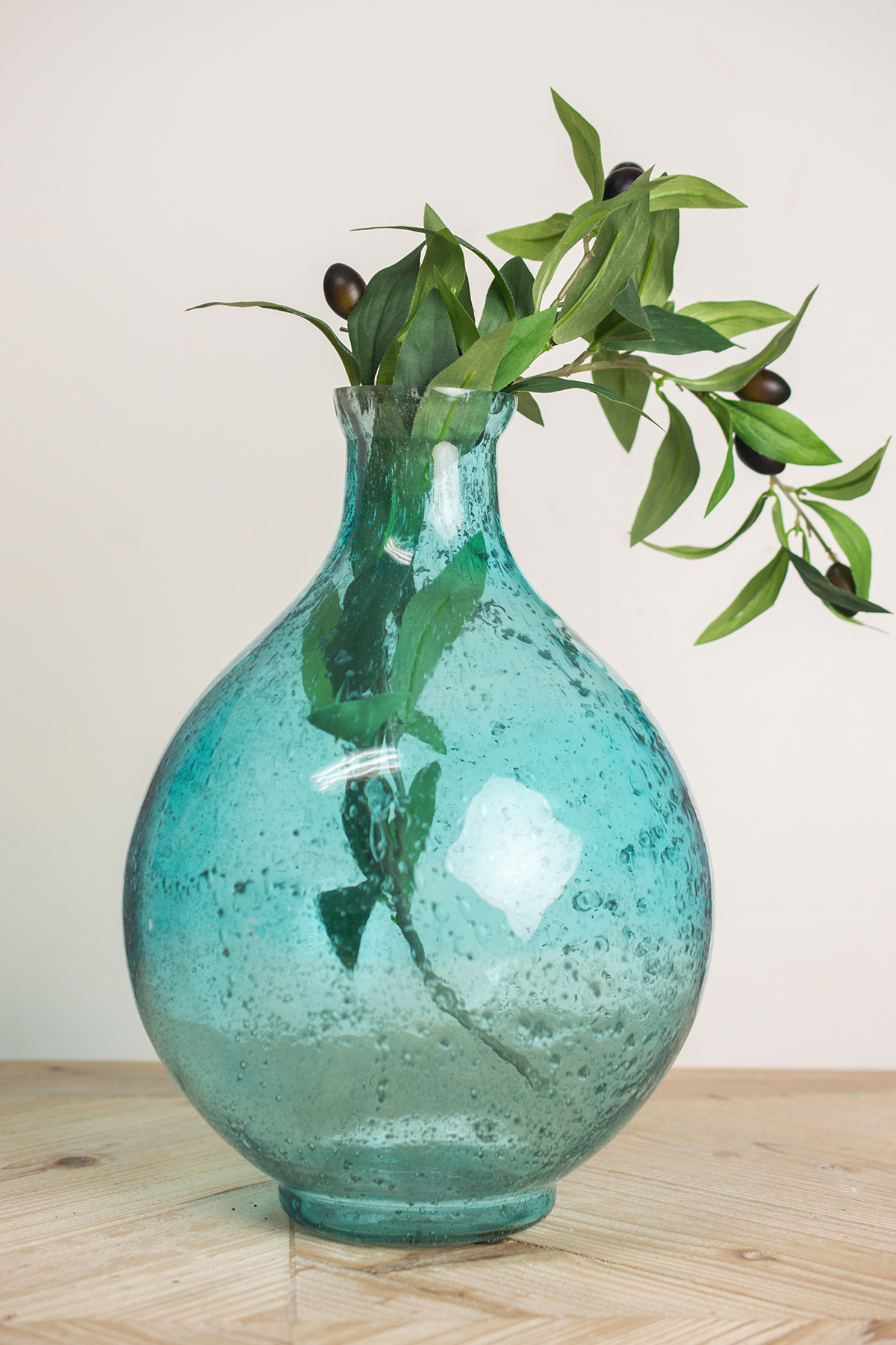 Bubble fish bowl glass vase. These were manufactured to be used in the USA. Use outside of the USA at your own risk. Also good to use for terrarium designs. We're happy to help. WGV Clear Bubble Bowl Glass Vase, Inch fish bowl/ flower centerpiece decor. $ Buy It Now.