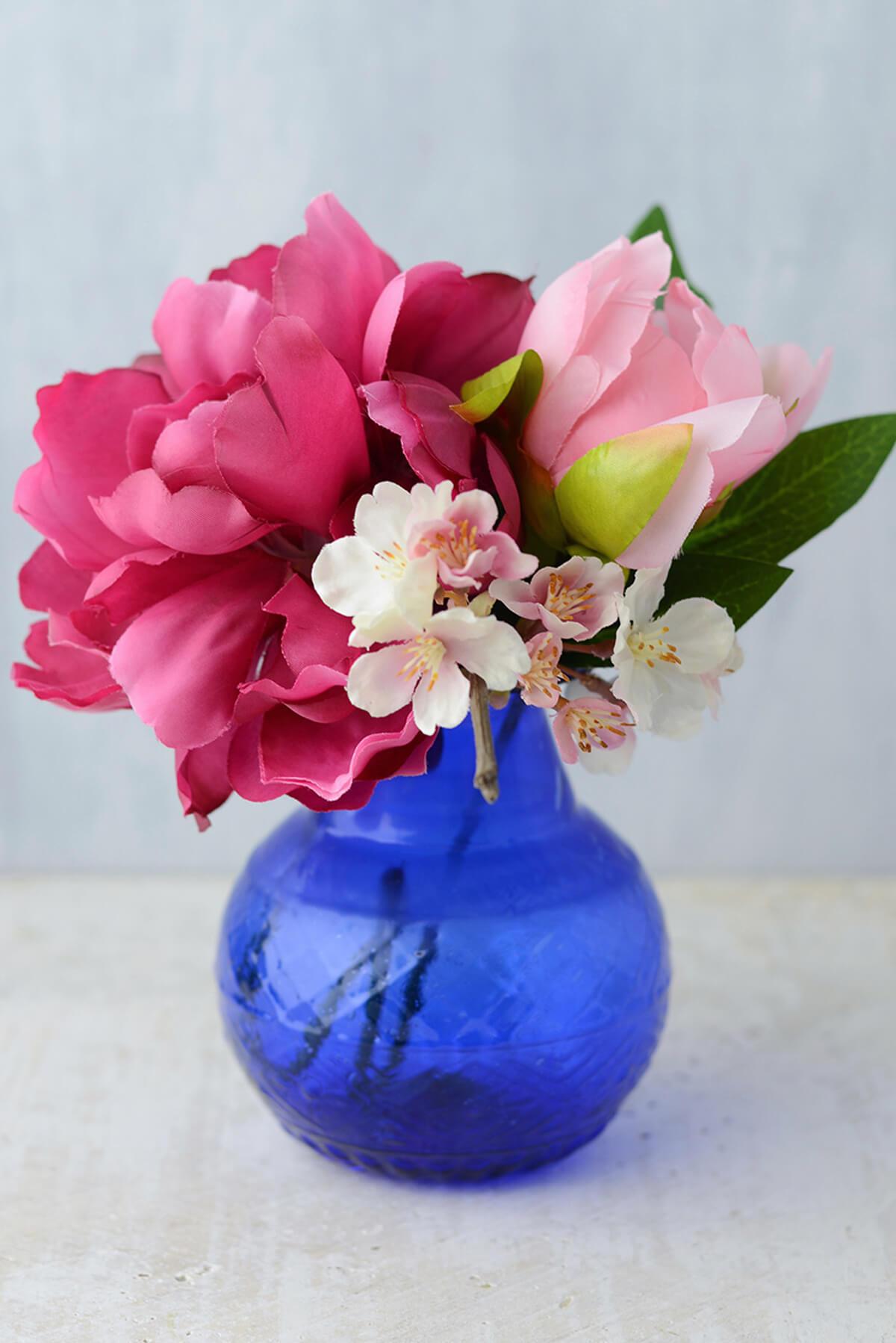 """Cobalt Blue Glass 5"""" Vase"""