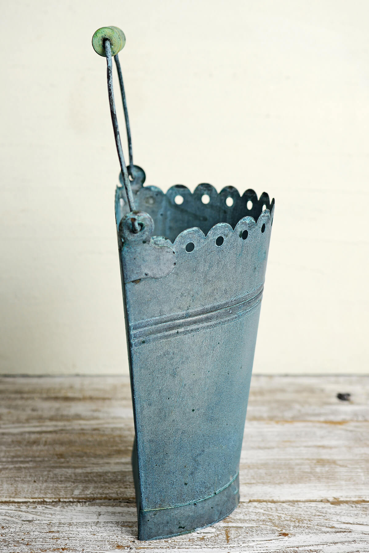 Copper Green 1/2 Pail with Handle, Scallop Edge 10in