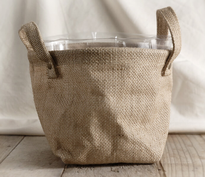 Burlap bag w handles and liner Burlap bag decorating ideas