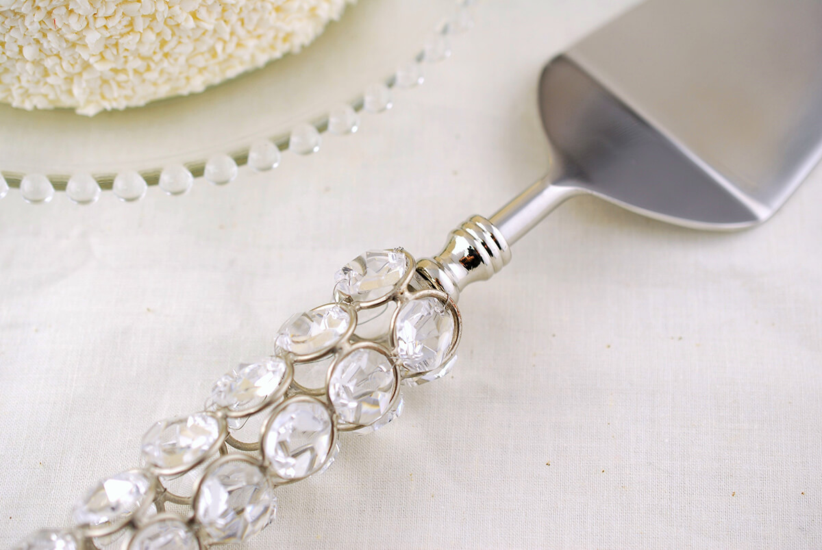 Cake Server with Crystals 13in