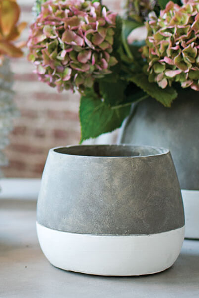 Dip Dyed Ceramic Ash Flower Pots 6 75 X 5 25in