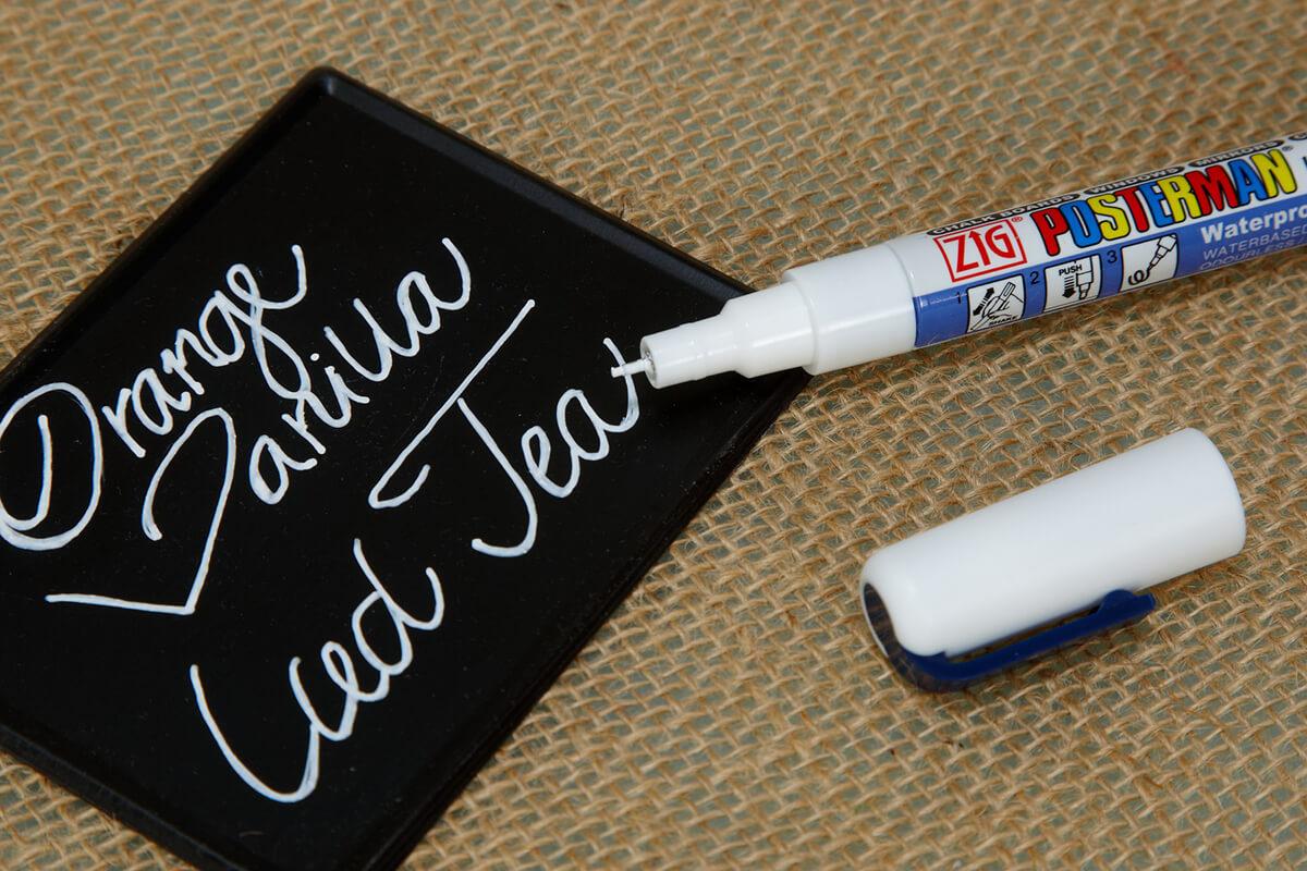 Chalk Marker Ultra Fine Tip White Zig Posterman