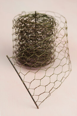 Rustic Chicken Wire 4in x 9yd