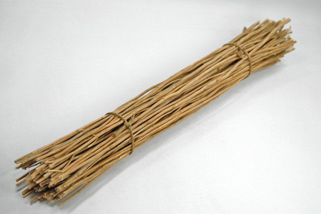 Bundle of Sticks 20in (25-40 sticks)