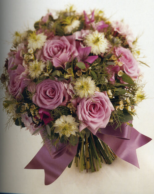 DIY: How to make a Wedding Bouquet - Casual Clusters
