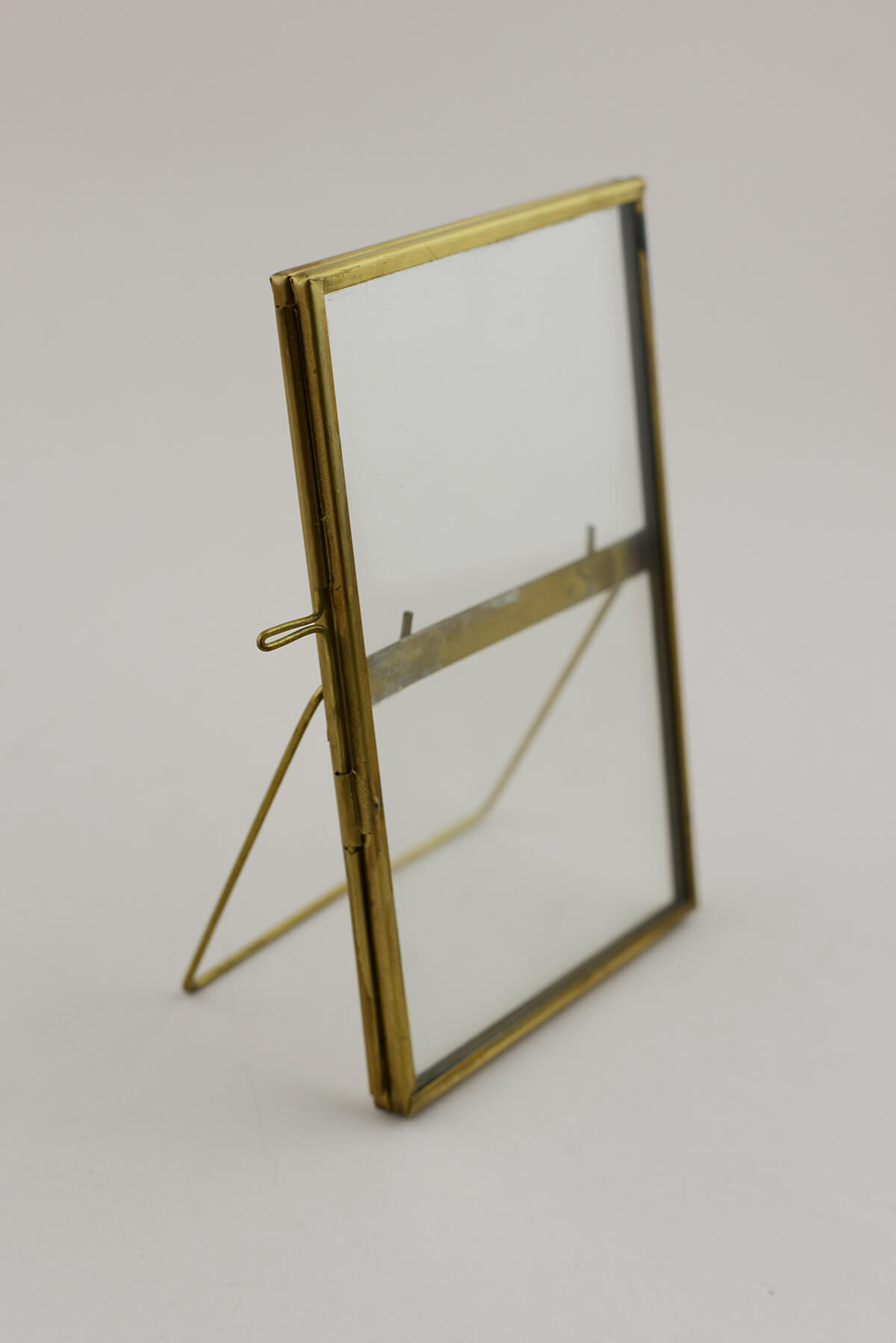 Double Glass Brass Amp Glass Picture Frame 4x6in