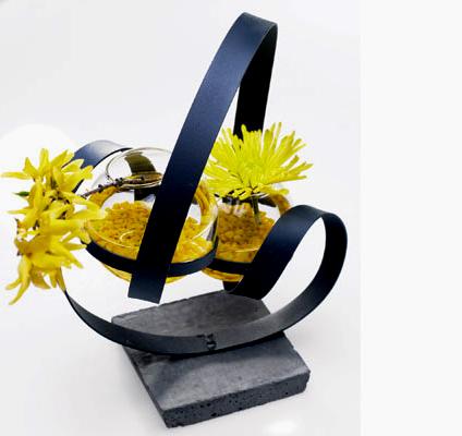 Ella Metal Sculpture Vase
