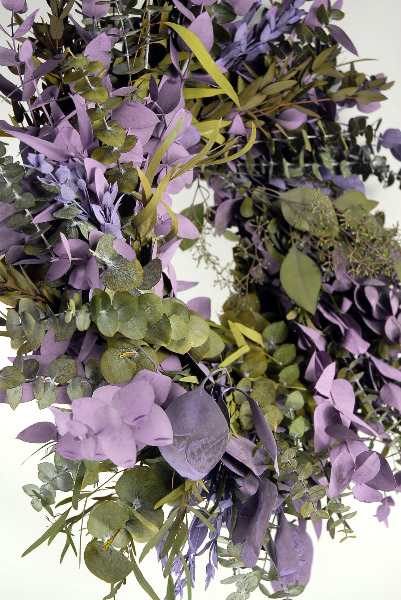 Preserved Eucalyptus Wreaths Lilac Amp Green 17in
