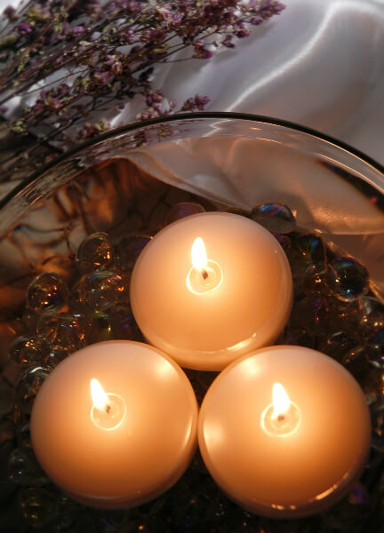 "Pearl White Floating Candles 3"" (6 Candles)"