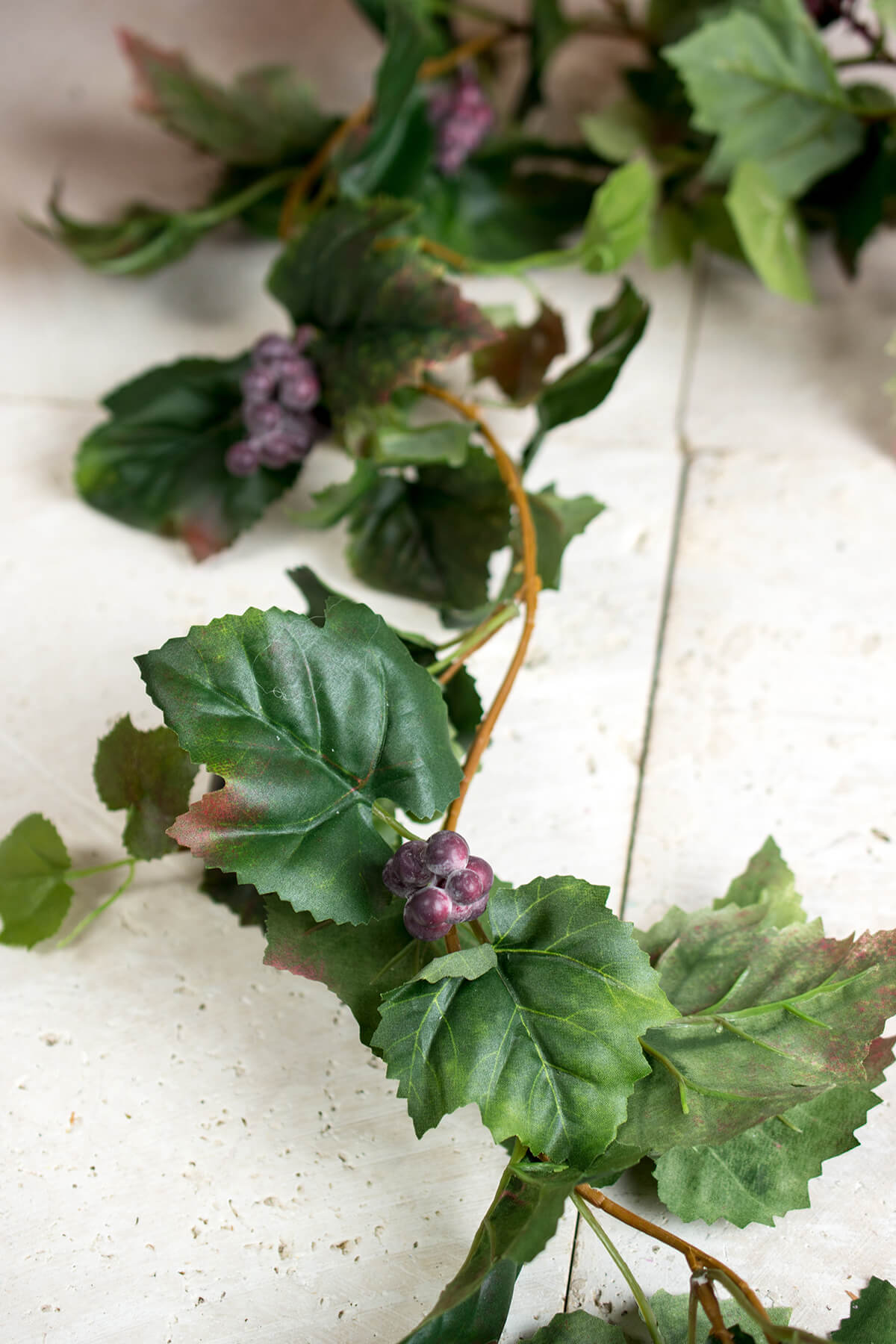 Grape Leaf Garlands 6'