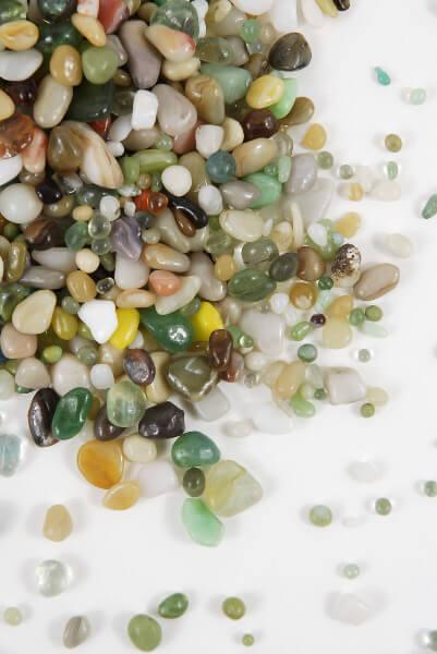 Beach Pebbles 46 Oz.