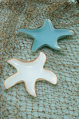Set of Two Glass Starfish Dishes White & Blue