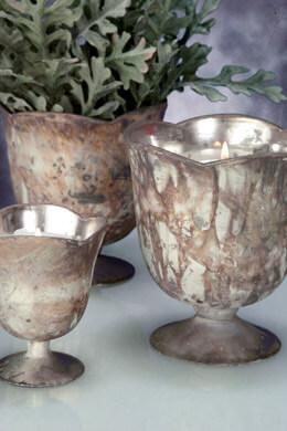 """Chelsea Vase 4.75"""" x 5 White Marbled"""