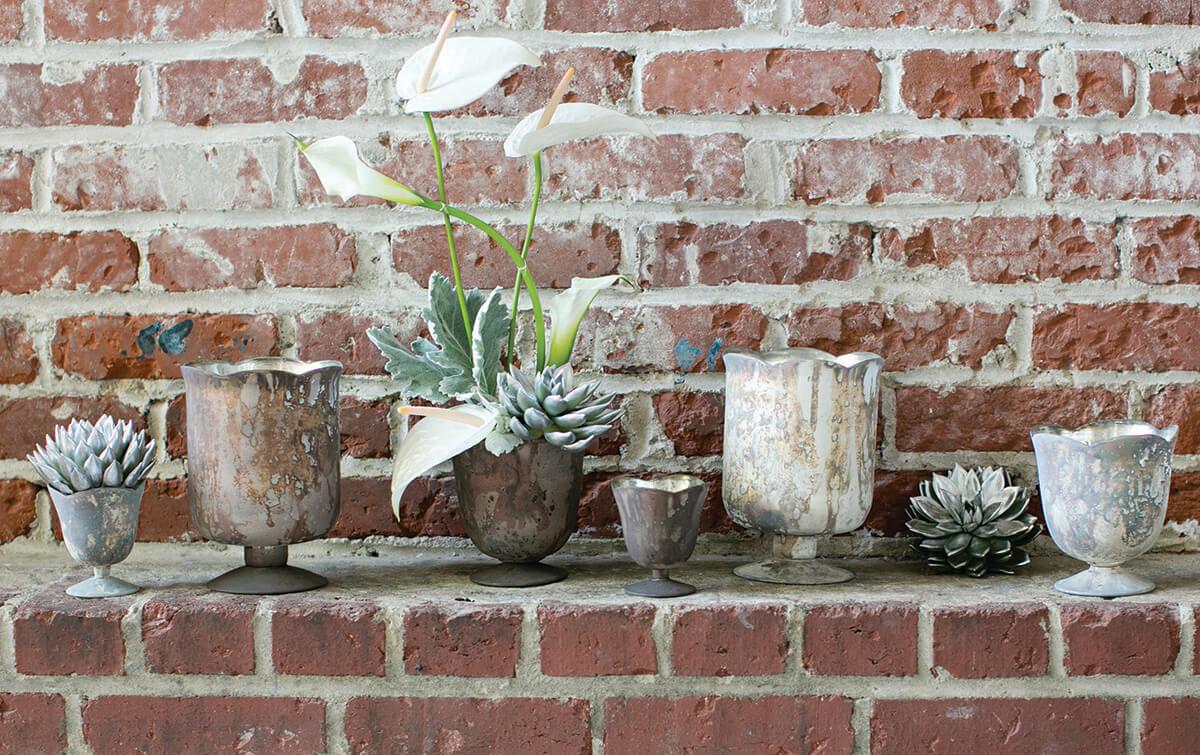 Glass Vase Marbled White 7.5in