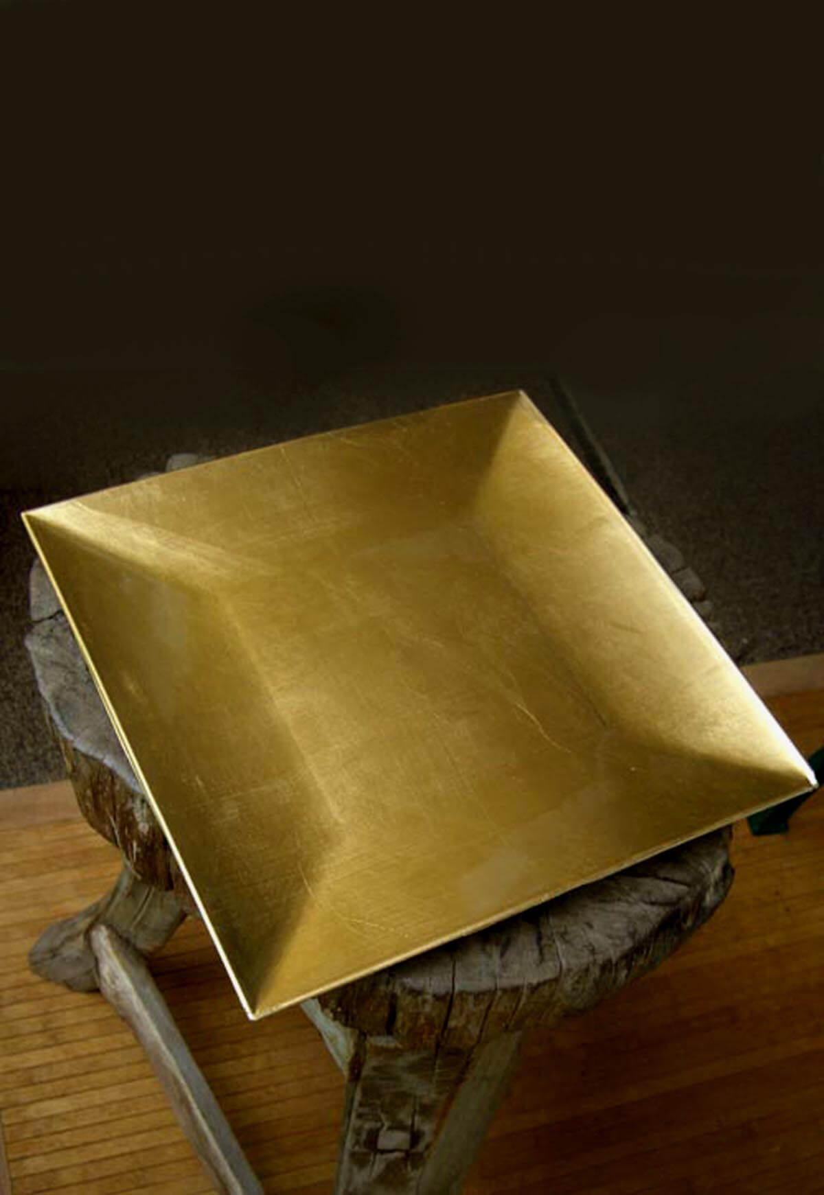 & Gold Lacquered Square Charger Plates 12