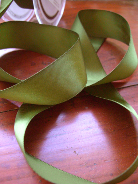 Pine Green DF  Satin Ribbon Pine 1in x 9 yds