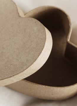 """6 Paper Mache 3-1/2"""" Heart Boxes"""