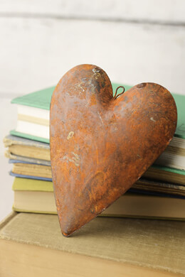 Rustic Tin Rusty Puffy Heart