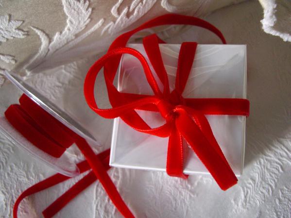 """Red Italian DF Velvet Ribbon 3/8"""" x 11.5 feet"""