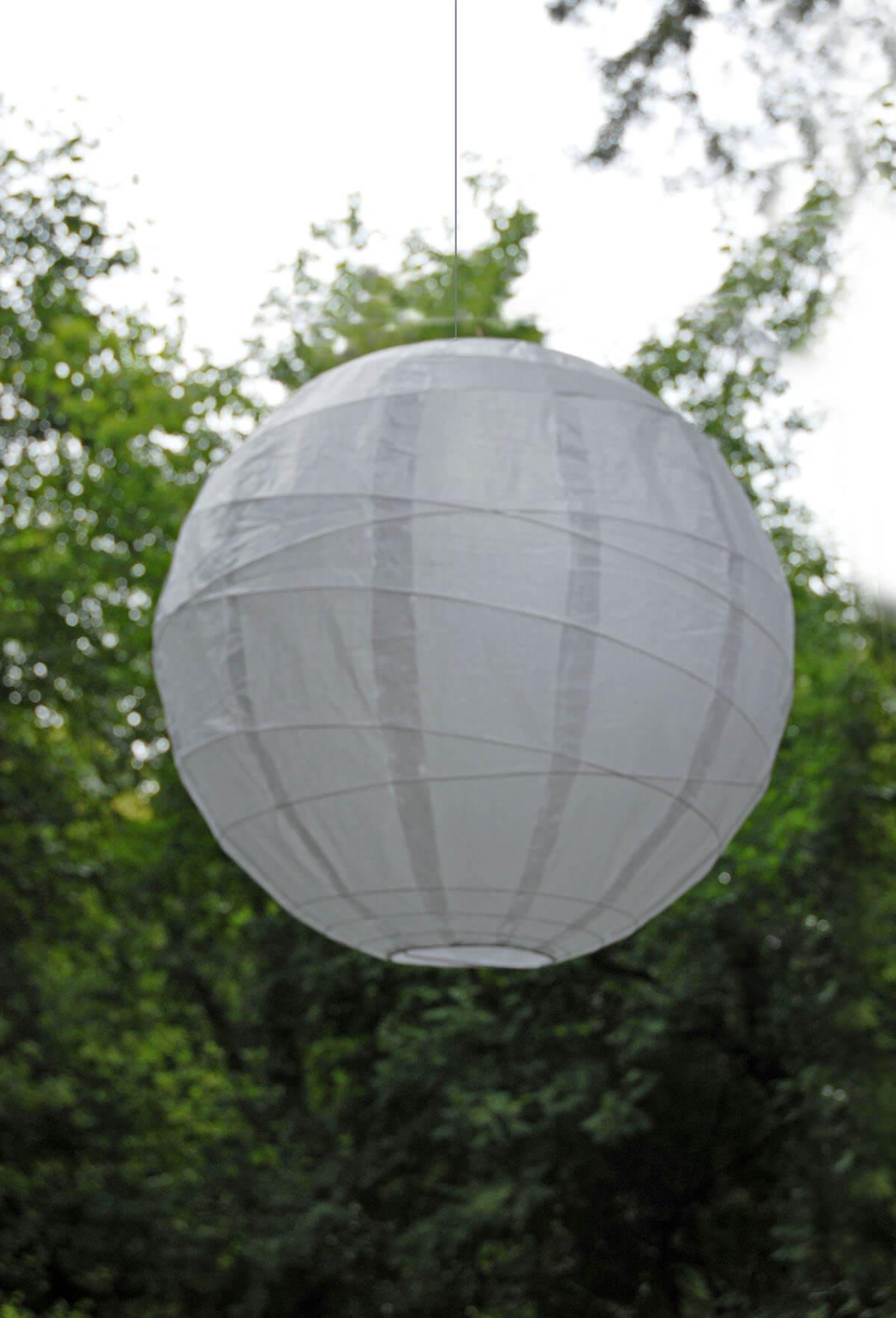 "Large White 24"" White Bamboo Criss Cross Ribbed Paper Lanterns"