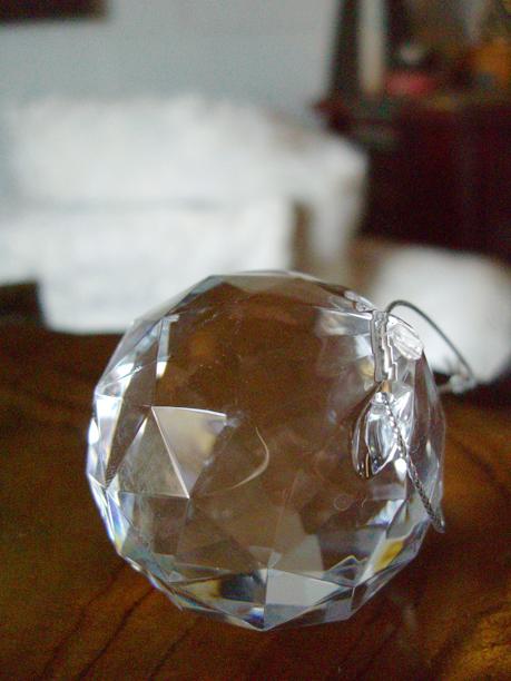 "6 Crystal Balls 2"" Globes"