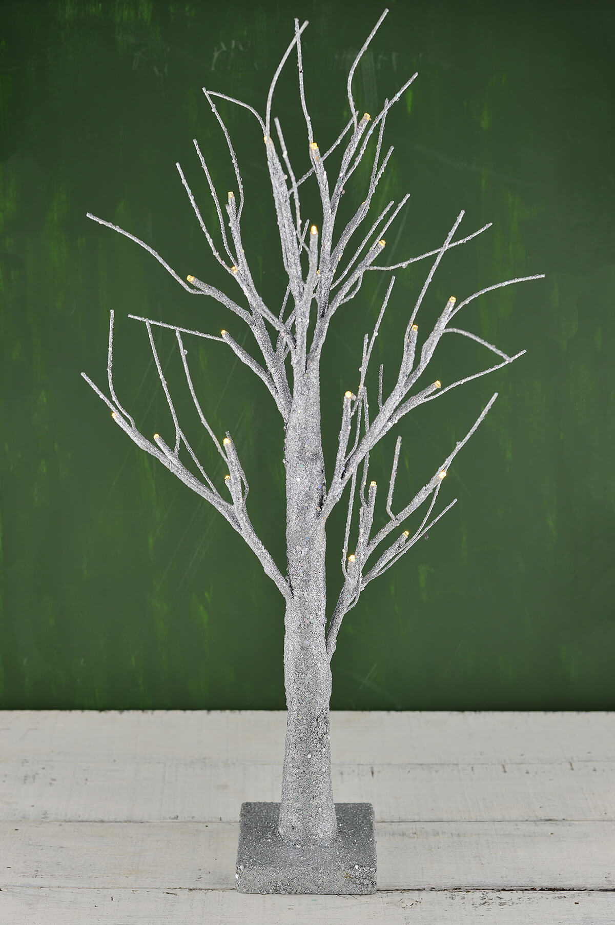 Led 24 Quot Silver Glitter Tree Silver Battery Operated