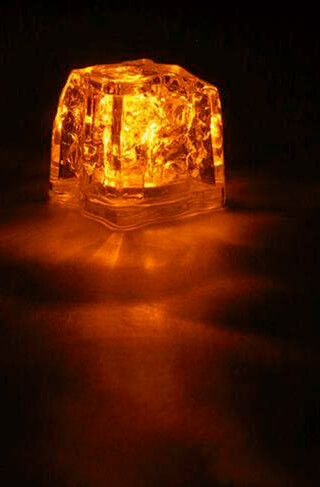 "8 Orange 1.5"" Light Cubes 3 function"