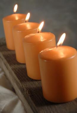 4 Large Votive/ 3in Pillar Candles  Caramel Orange