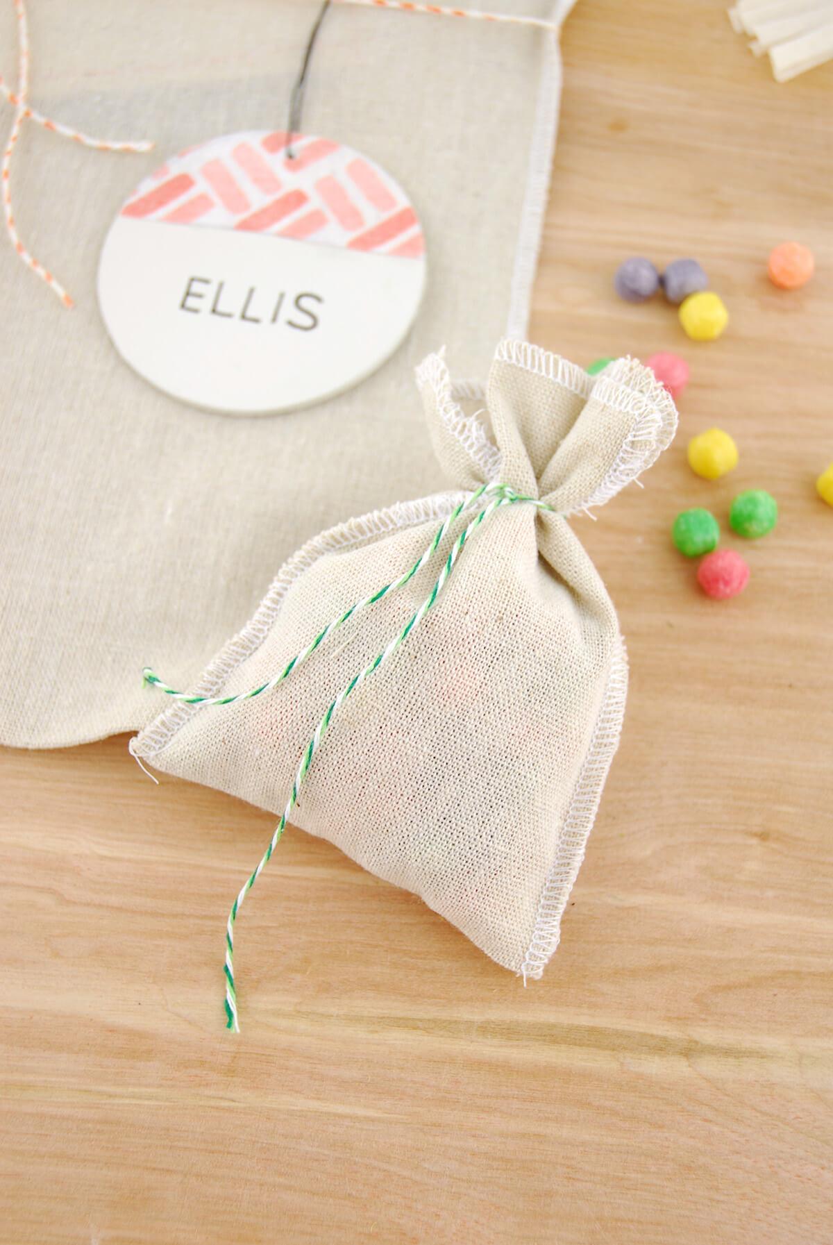 12 Linen Bags  3.5 x 5in